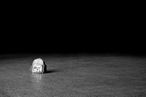 L'enfance condamnée à s'éteindre dans la solitude