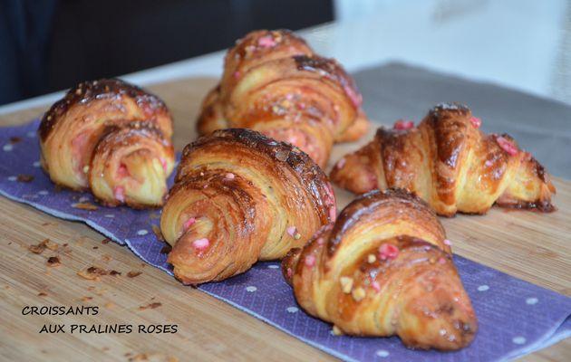 Croissants aux pralines roses de Mounir Meilleur patissier