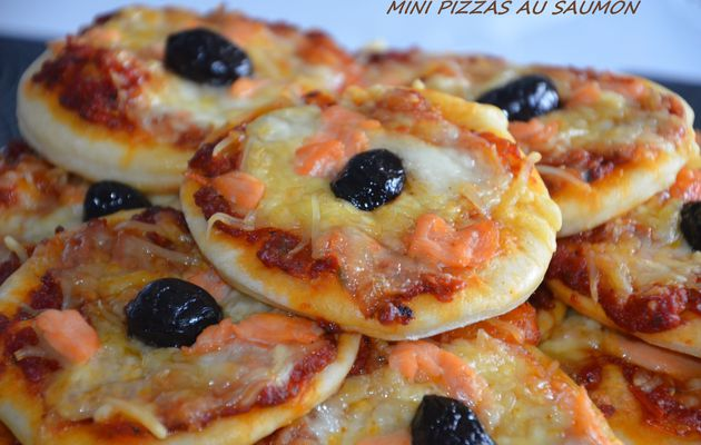 Mini-pizzas au saumon fumé