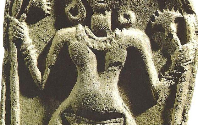 """Nudité... matrice et """"maîtresse de tous les dieux"""" (1) ! en Egypte ancienne !"""
