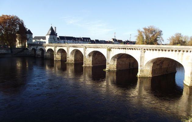 Le pont Henri IV à Châtellerault