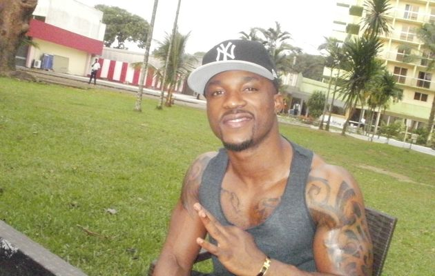 Nigerian artist Iyanya premier in Cameroon in black and gold