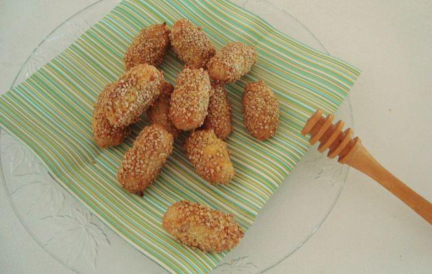 Bouchées orientales aux amandes et graines de sésame