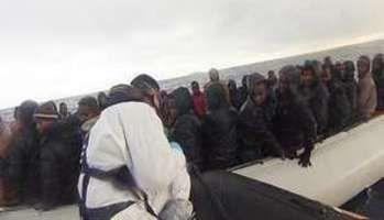 Méditerranée : afflux sans précédent de migrants en provenance de Lybie: plus de 2000 personnes en une journée!