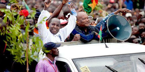 Présidentielle au Burkina : duel au sommet entre...