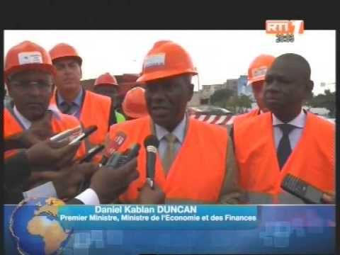 Construction du 3ème Pont: Le 1er ministre Daniel Kablan Duncan sur le chantier du pont Henri Konan Bédié