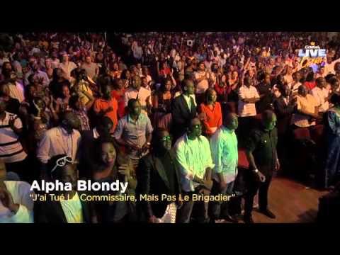 Alpha Blondy en prestation Castel live Opera