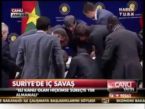 Turquie : le chef de la diplomatie burkinabè s'effondre devant les caméras