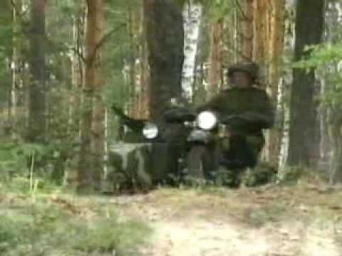 Side car Ural en action....