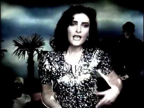 N ° 293 : Siouxsie and the Banshees  https://fr.wikipedia.org/wiki/Siouxsie_and_the_Banshees