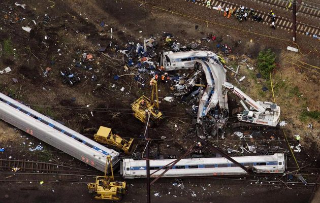 RT @Reuters: EXCLUSIVE: Derailed #Amtrak train was...
