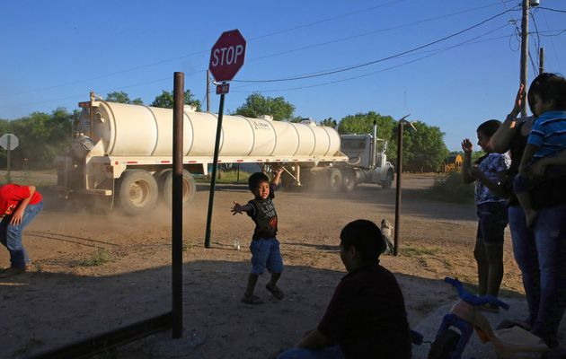 Boom Meets Bust in #Texas: Atop Sea of #Oil,...