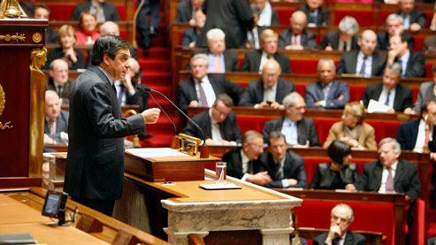 FRANCOIS FILLON PRESENTE SON PLAN D'ACTION DEVANT LA REPRESENTATION NATIONALE;