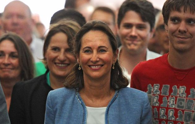 LES CONFIDENCES AU VITRIOL DE SEGOLENE ROYAL : UN DELICE ! LISEZ PLUTOT