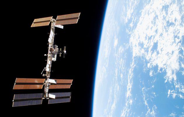 Une bactérie inconnue sur Terre a été découverte à bord de la station spatiale internationale