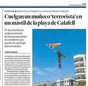 Aparece un muñeco 'terrorista' con la bandera...