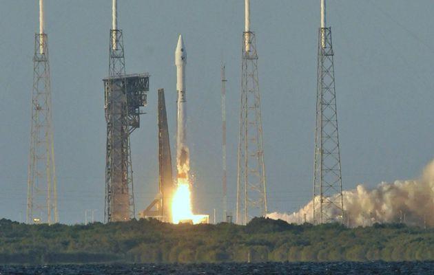 La fusée Atlas V dotée d'un satellite-espion...