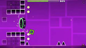 How can you change the colour multiple times in one level on Geometry Dash