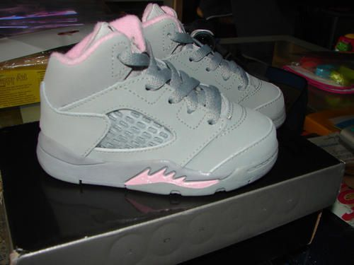Baby Jordan V Rétro (Silver/Shy Pink-Stealth)