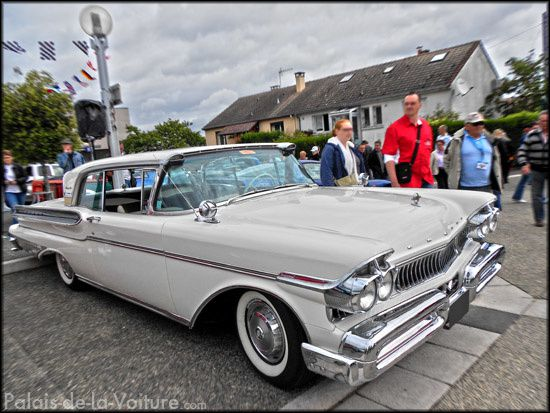 AG05 • Mercury Turnpike Cruiser 1957