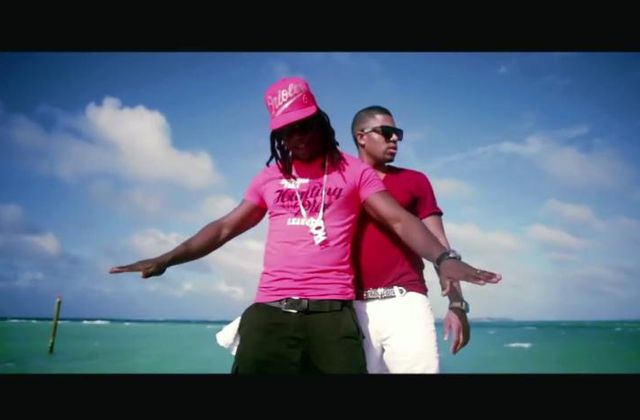 [CLIP] AXEL TONY FEAT ADMIRAL T - MA REINE 2012