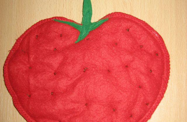 "Manique en feutrine ""fraise "" tuto rapido"