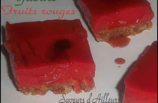 Entremet au yaourt et fruits rouges