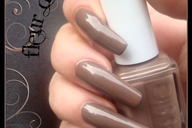 Essie : Hot Coco