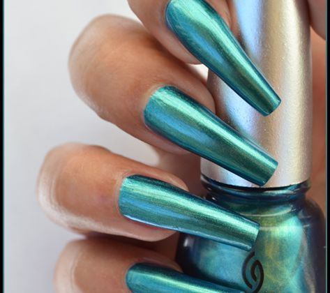 China Glaze - Deviantly Daring (Bohemian Collection)