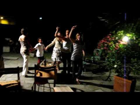 Garden party à Condove : Alors on danse...