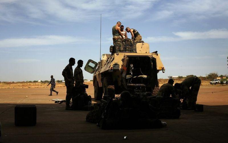 Mali : les jihadistes sont encerclés par les troupes françaises