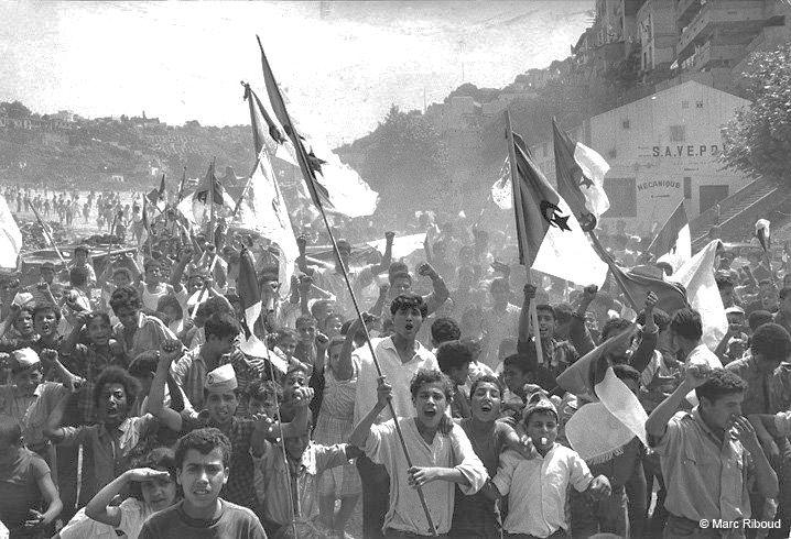 Alger, jour de l'indépendance le 5 Juillet 1962