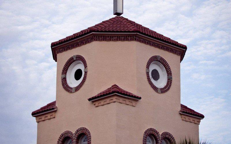 I love this picture of the so called Chicken Church in Mexico