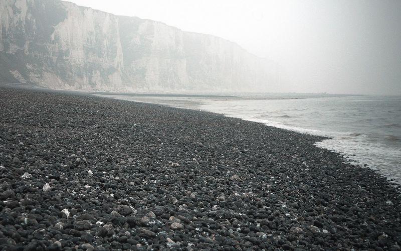 Rivage de pierres