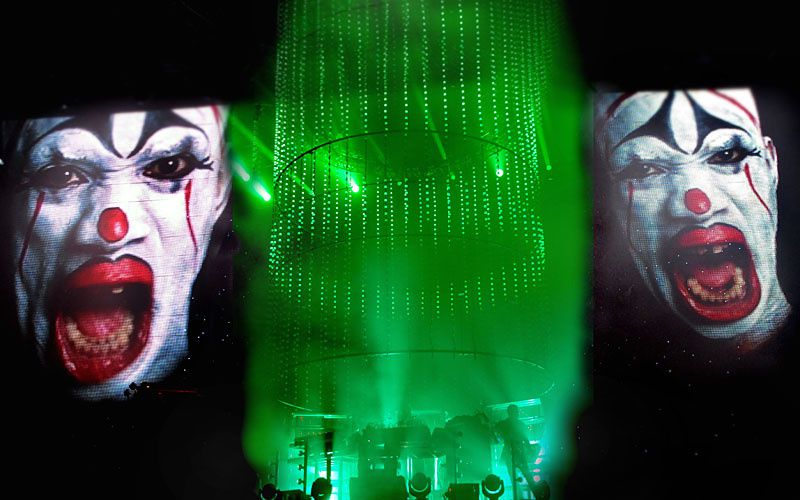 VIEILLES CHARRUES 2011 : THE CHEMICAL BROTHERS