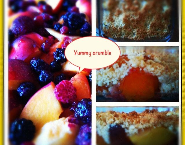 Crumble péches - abricot - fruits rouges