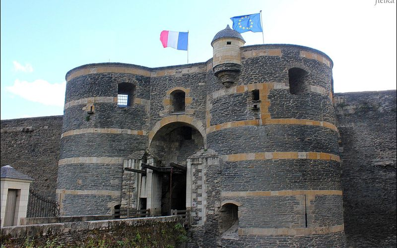 ANGERS (Le château)