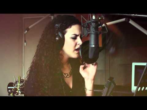 """Myriam Amous chante """"Just A Dream cover"""""""