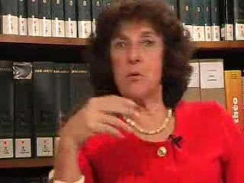 """L'interview d'Anne Morelli sur le thème des """"sectes"""", par le CICNS"""