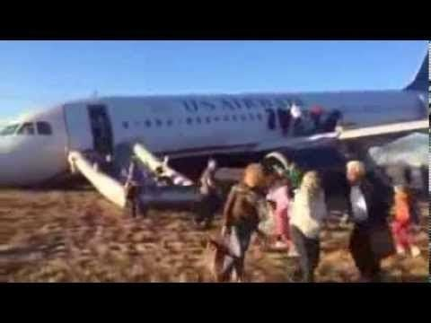 Flight 1702 'crashes' after plane's nose gear collapses at Philadelphia International Airport