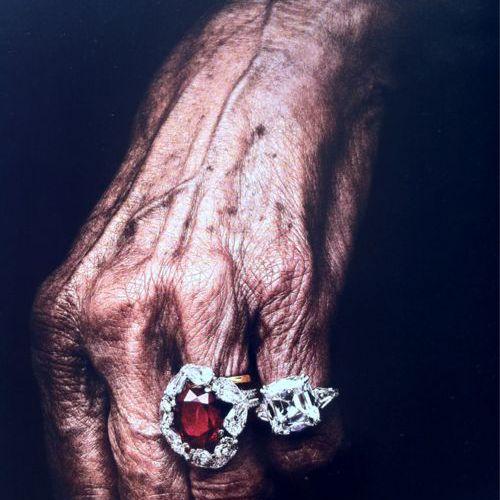 Les mains de cette femme
