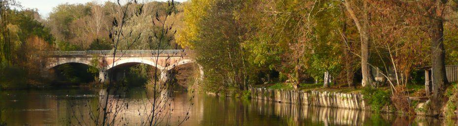 Ponts à Chalette dans le Loiret.