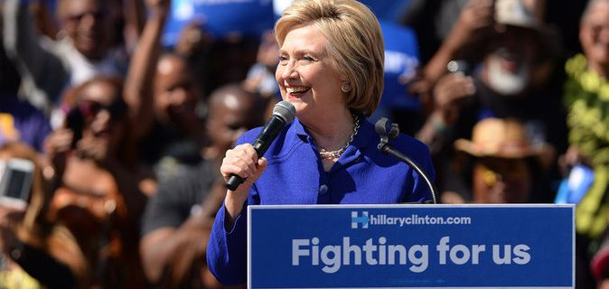 Public Buzz : Hillary Clinton victorieuse... mais scandaleuse !