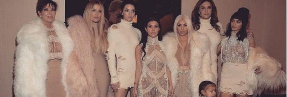 PHOTOS. Les Kardashian ne sont pas passées inaperçues au défilé-concert de Kanye West