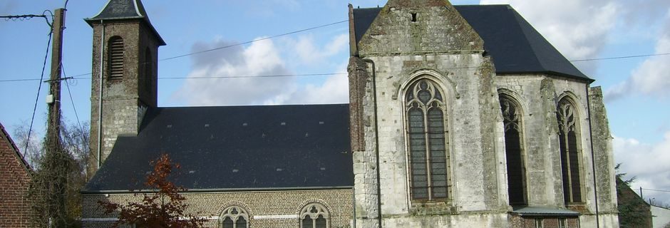 ESTREES -LES-CRECY: son église
