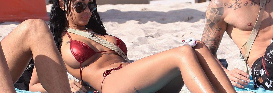 Nabilla Benattia en bikini rouge sexy à Miami ! - photo