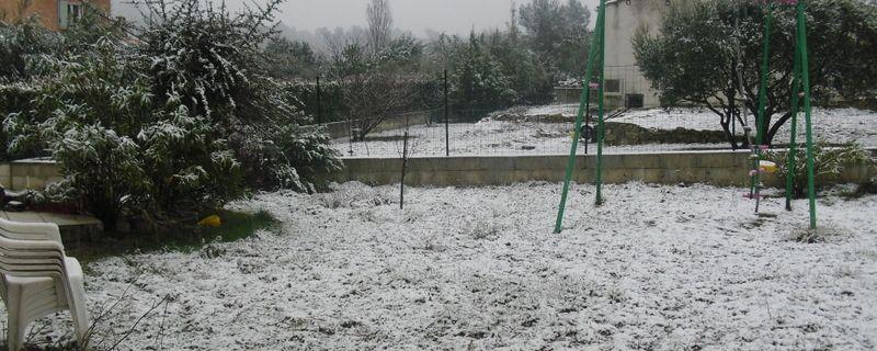 et tombe la neige,