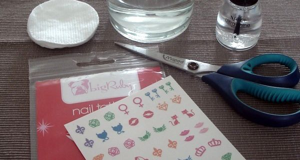 Nail Art - Big Ruby & LAYLA - Jade Groove