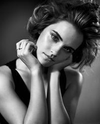 Photos : Emma Watson Chic et sexy pour GQ !