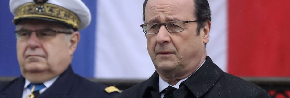 """François Hollande accuse la Russie d'utiliser """"les mêmes procédés"""" que l'URSS pour """"influencer les opinions publiques"""""""